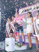 Anna van der Breggen winnares Giro Rosa